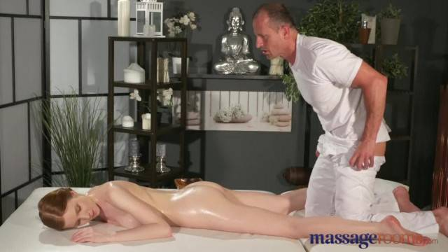 Massage Rooms Cute Teen has Intense Orgasm from Expert in Pussy Eating