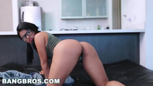 BANGBROS Carolina Rivera Shows off her Huge Colombian Ass cff15869