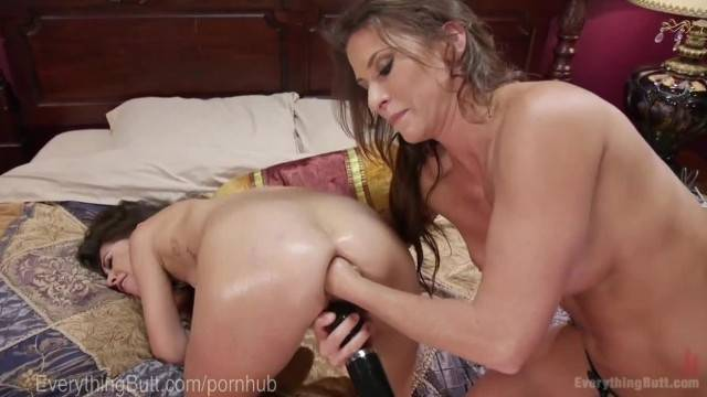 Lesbian Anal Star first Audition With Fisting