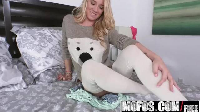 Mofos Cutie in Stockings gets Railed Starring Bailey Brooke