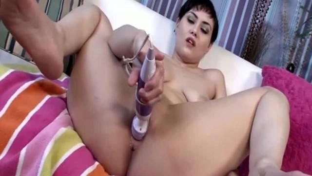 Audrey Noir Showing off her Slender Sexiness