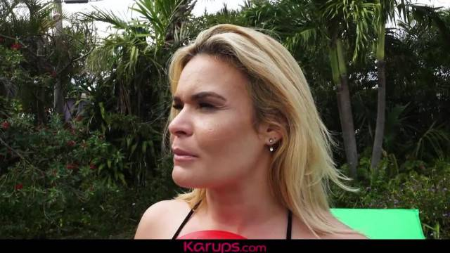 Karups MILF Blaten Lee Fucks her Horny Neighbor