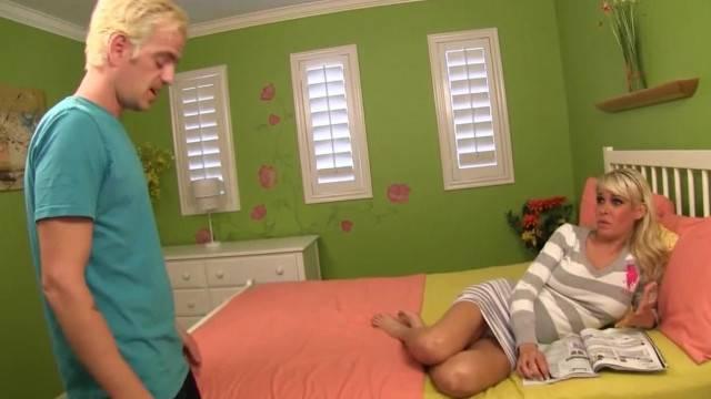 Step Mom with Attitude Helps Son Control his Erection HD Slutty Shruti