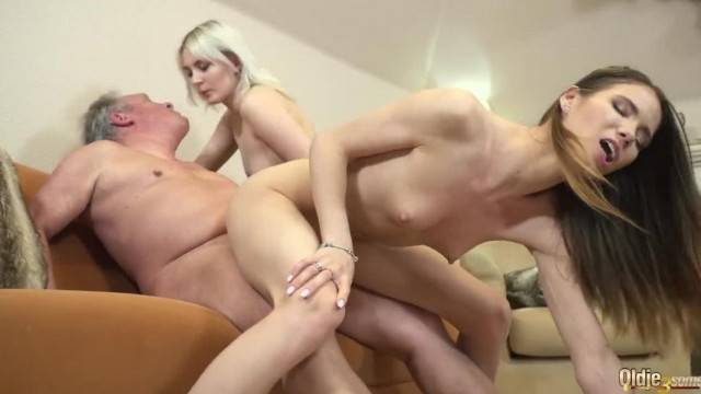 Best old and Young Fuck Stepgrandpa getting his Cock Sucked by Teen Girls