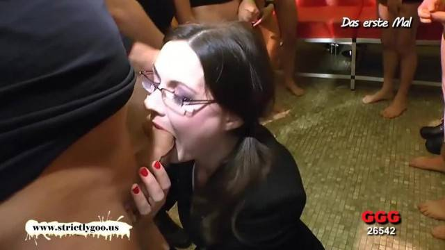 Nerdy Librarian Manu Huge Gangbang German Goo Girls