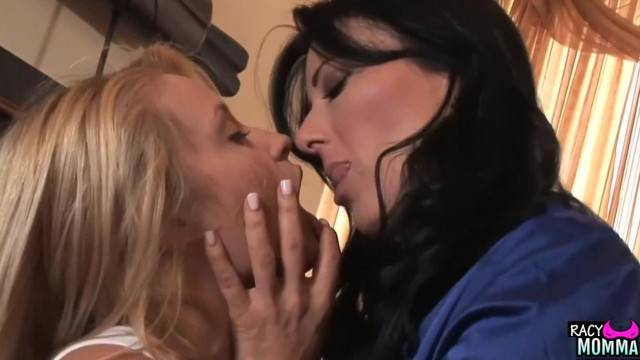 Stockinged Stepmom Licking in Lesbian Couple