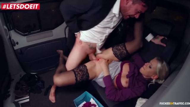 Christmas came with a Cum Shot for Lucky Czech Taxi Driver