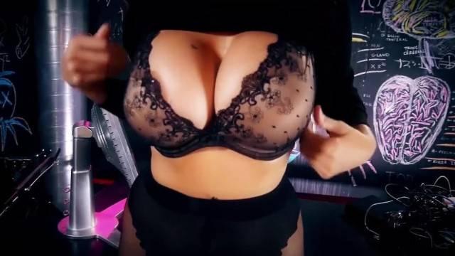 Sexy MILF Julia Ann Sweater Strip Tease Solo