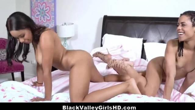 Spoilt Ebony Teen Lesbos Intimate Pussy Licking Scissoring Fun