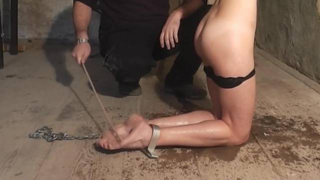 18yo Girl with Perfect Feet Tortured with Falaka bastinado