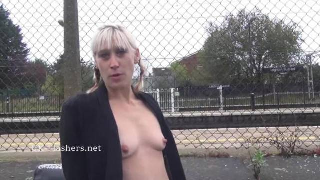 Blonde Flasher Dees Exhibitionist Adventures and Public Nudity