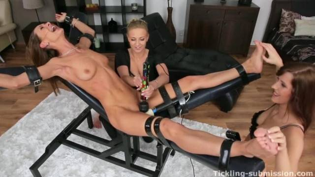 Ticklish Cynthia with her Delicious Moans Perfect Masturbation Material
