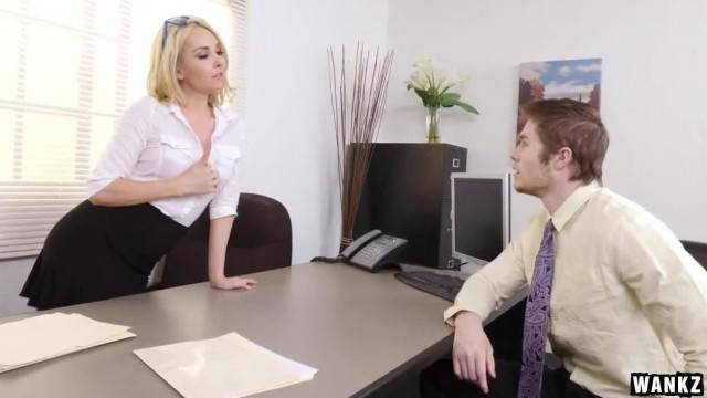 Freaky MILF Aaliyah Love gives Employee a RAISE