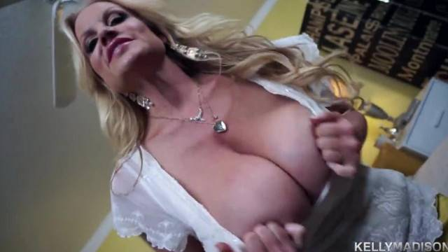 KELLYMADISON Kelly Bounces her Huge Naturals for A Mouthful of Cum