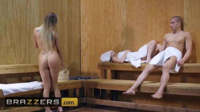 Brazzers Big Butt Kenzie Taylor Loves Anal in the Sauna