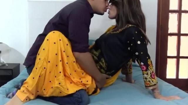 NAVEL Indian Hindi Sister spankbang com
