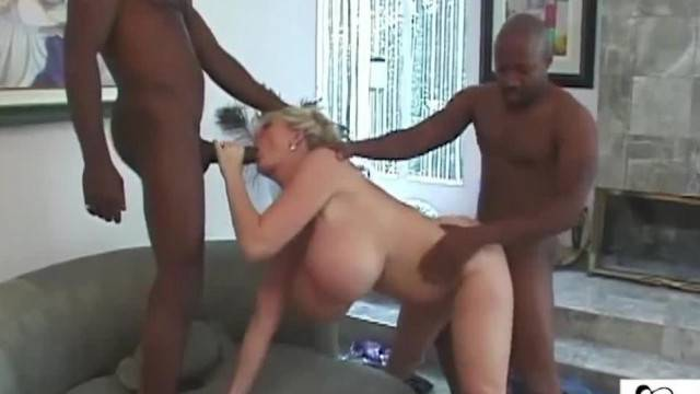 Kayla Kleevage Billy and Silvio fuck my Big Milk Cow Tits