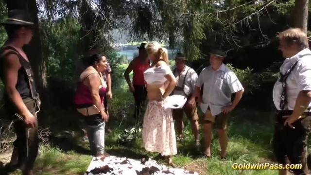 Lederhosen Gangbang in Nature