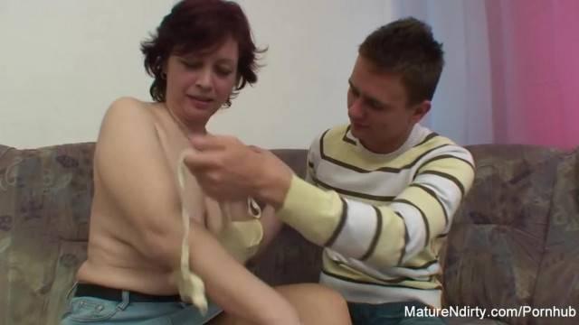 Horny Mature wants her Hairy Pussy Fucked Hard