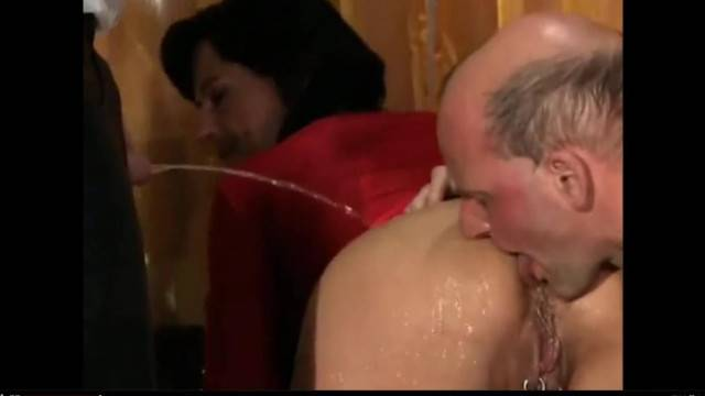 Kinky Amateurs in Bisexual MMF Piss Party