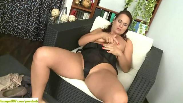 KarupsOW Katherine Ross two Fingers Deep in That Wet Pussy