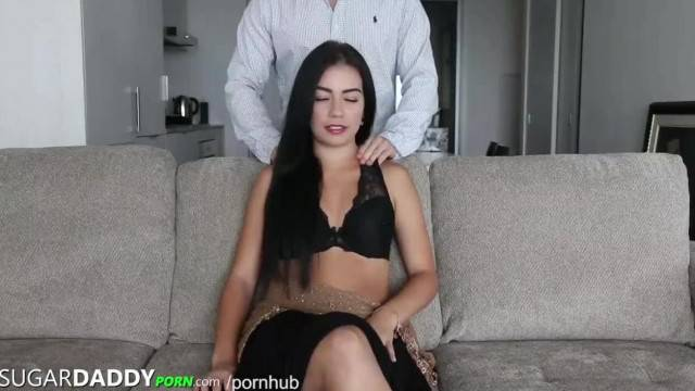 SEXY ASS Teen has SugarDaddy take her Shopping then Lets him SMASH IT