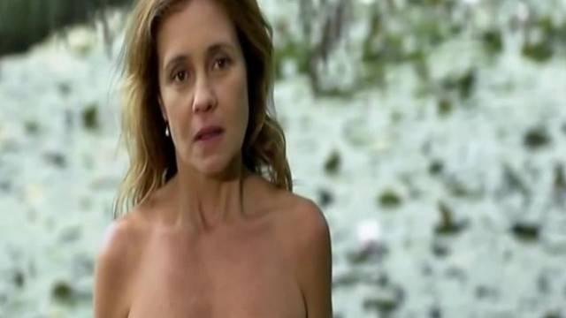 Adriana Esteves Nude Movie Scenes