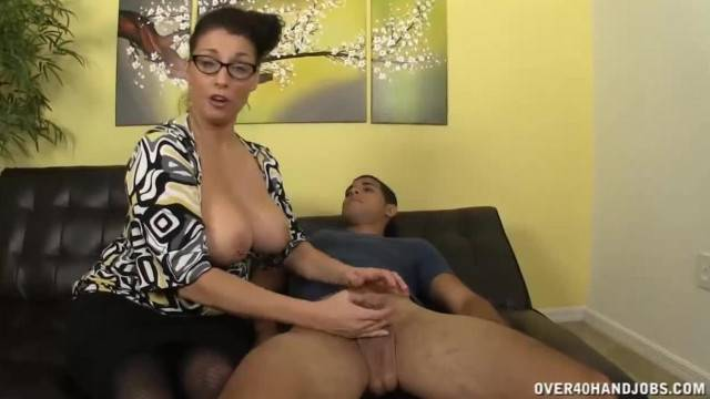 MILF Offers Lessons on Mastering Tug milkng