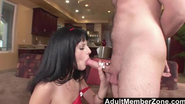 AdultMemberZone Lola Banks gets a Surprise Dicking