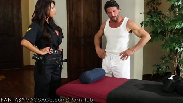 FantasyMassage Officer August Taylor Shows up at Tommy Gunns Place