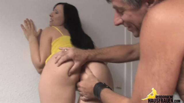 Brunette Babe Pussy Licked Before Hardcore Fuck