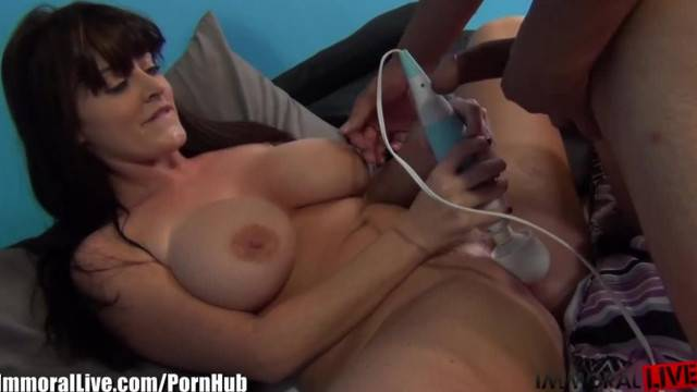 MAJOR SQUIRTING by Fat Ass Big Boobed Girl