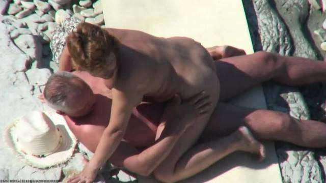 Old Couple Caught Fucking by Beach Hunter