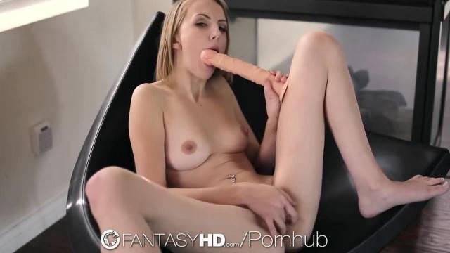 FantasyHD Petite Blonde Jenna Marie Toys Pussy before Fuck
