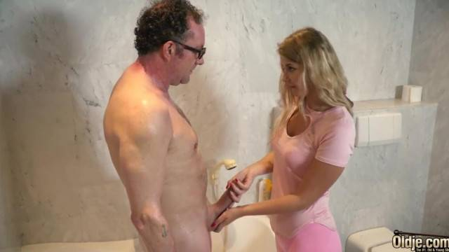 Old Man Fucking Young Teen in her Tight Virgin Pussy
