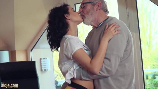 Cute Teen Fucked by Big Cock Grandpa Cums in her Mouth with Cumplay