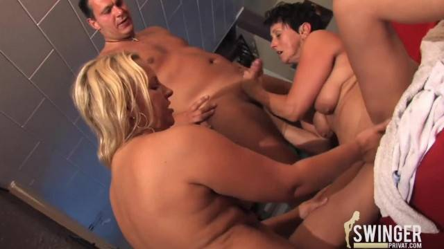 Mature Swingers Team Up with Younger Couple for Homemade Fun