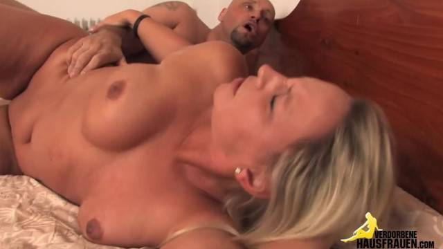 Mature Busty Slut Pounded Hard and Deep by Horny Guy