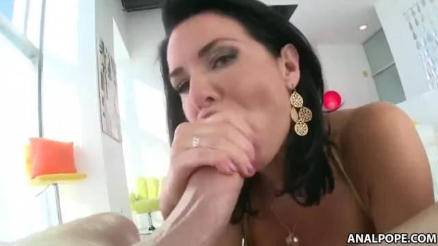 Brunette MILF Veronica Avluv gets deep anal fuck