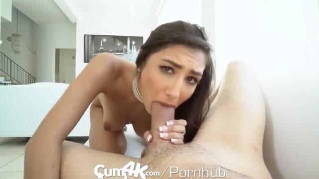 Slutty Latina Gianna Dior fills her pussy with cum