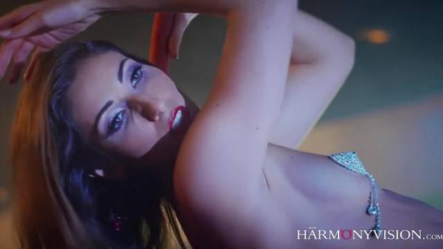 Hot threesome with slutty brunette stripper Clea Gaultier