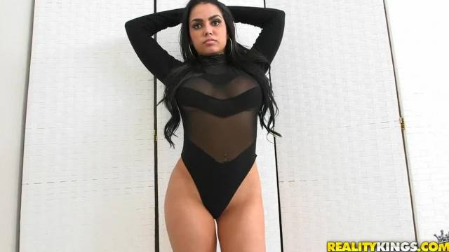 Reality Kings Curvy Latina Teen Shows off her Booty