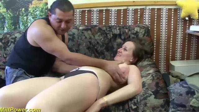 Mature Chubby wife gets first Deep Anal Sex