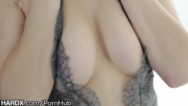 HardX Thick Dick Rough Sex makes Squirts and Cum Shower