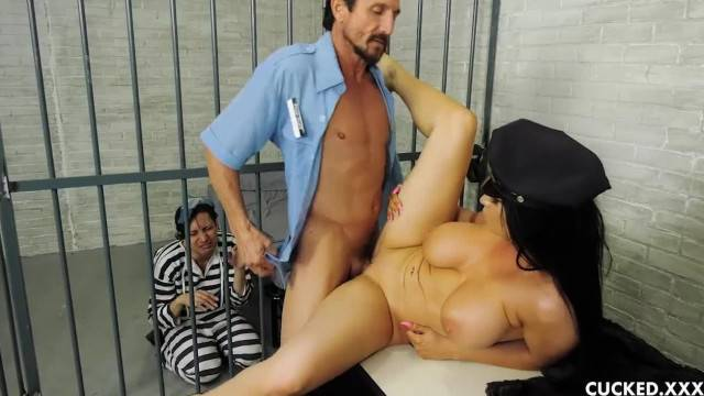 Romi Rain Pathetic Husband is in Jail so she Fucks the Guard