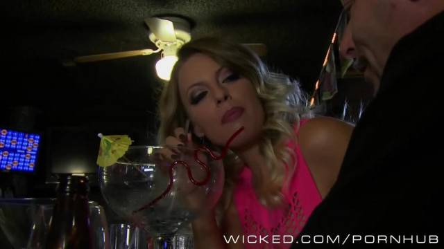 Wicked Britney Amber gets Ass Fucked in a Motel