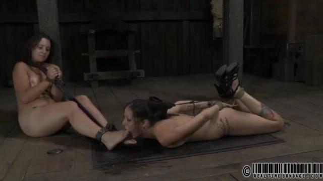 HaileyRedux Slave Foot Worship