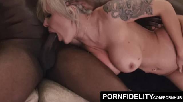 PORNFIDELITY Trophy Wife Nina Elle Split Open by two Big Black Cocks