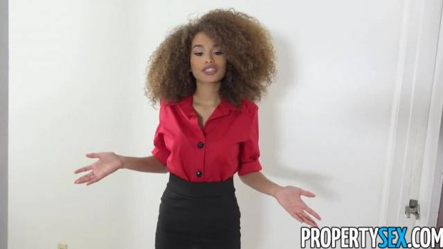 PropertySex Tiny Real Estate Agent Hottie Pounded by Handyman s Big Cock