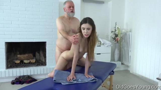 Old goes Young Man Pulls Teen s Hair when Fucking her